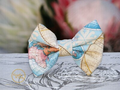 GLOBETROTTER DOG BOW TIE