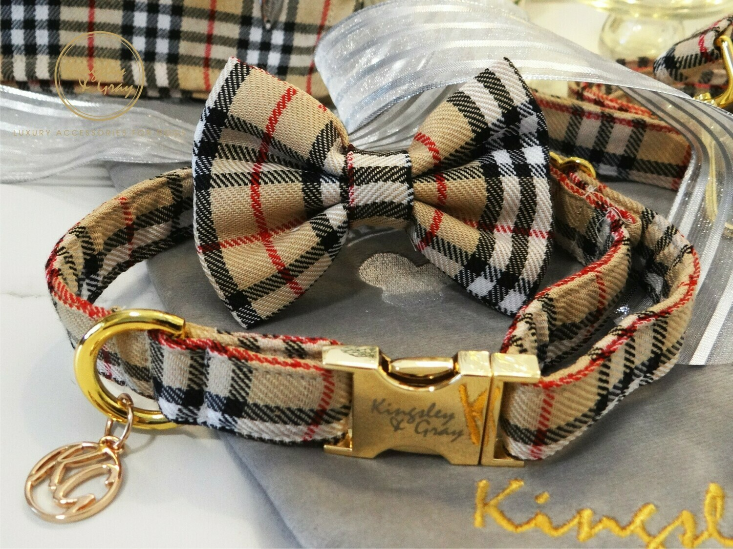 BURGUNDY BERRY DOG COLLAR