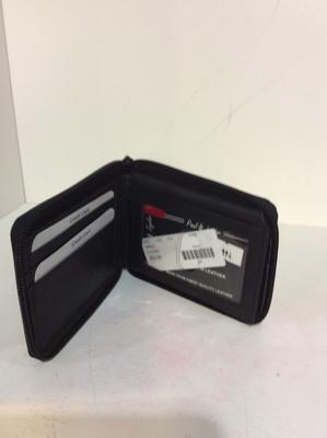 Zip leather wallet