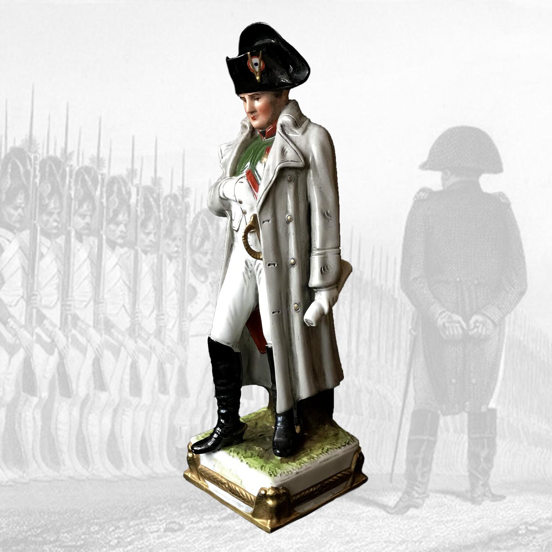 "Фарфоровая статуэтка ""Наполеон"", Scheibe-Alsbach"