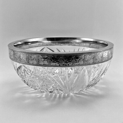 Русская хрустальная ваза с серебром