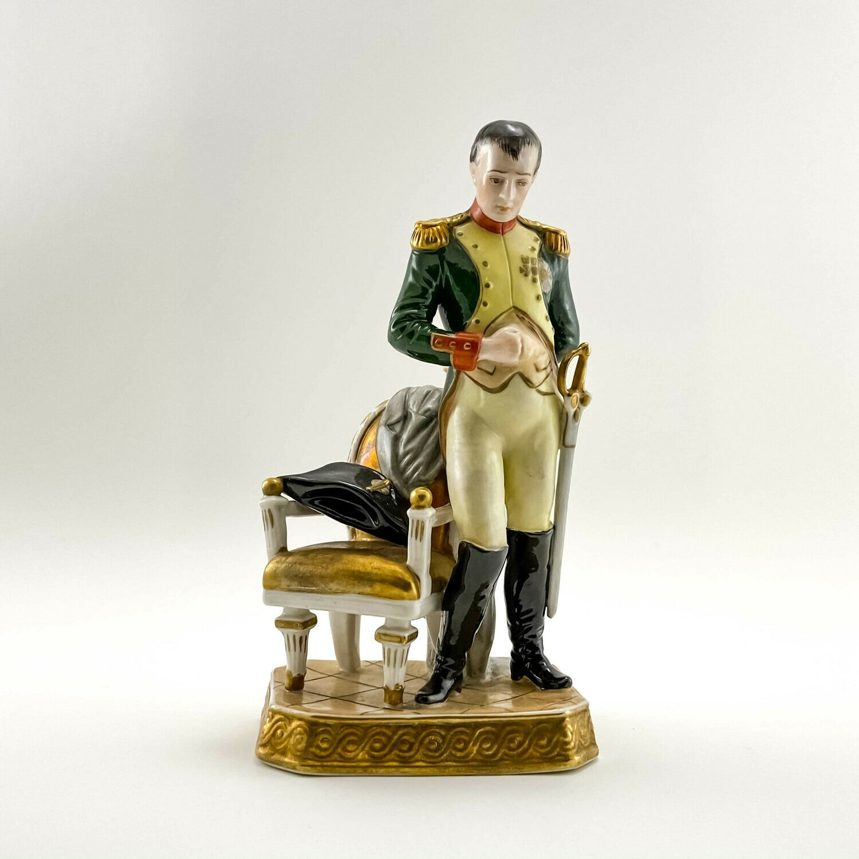 "Фарфоровая статуэтка ""Napoleon"", Rudolf Kammer"
