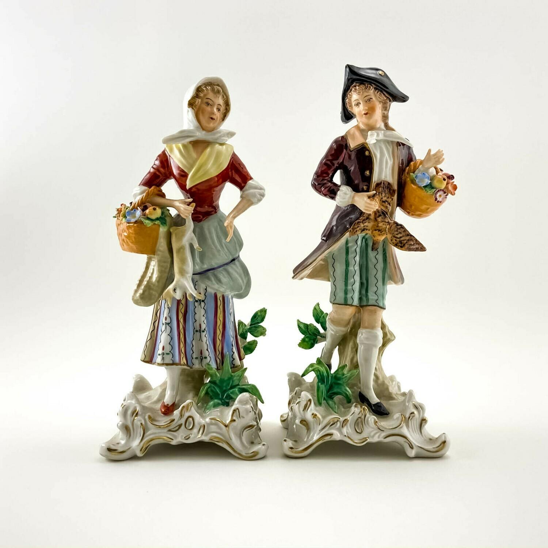 """Фарфоровые статуэтки """"Пара с куропаткой и кроликом"""" Sitzendorf"""