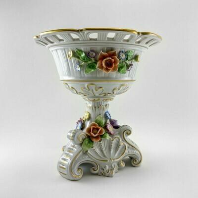 Фарфоровая ваза для фруктов
