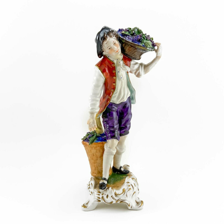 "Фарфоровая статуэтка ""Виноградарь"", Rudolf Kämmer"
