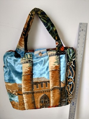 Carpet bag  Castle camel hinged lined