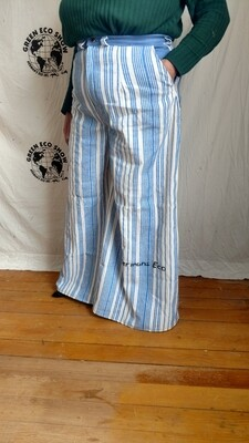 Womens Striped bell bottoms jeans Large