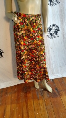 Flowered long skirt med Hermans USA