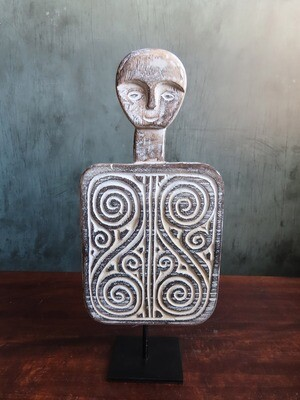 Kabiro Sculpture - WHT