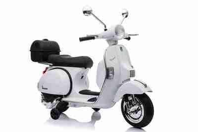 MOTO ELETTRICA PER BAMBINI Vespa PX Piaggio 12v CON ROTELLE  BAULE e PARABREZZA PRODOTTO UFFICIALE