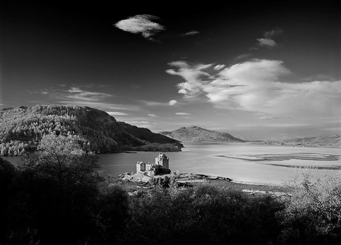 Eilen Donan Castle - Scotland