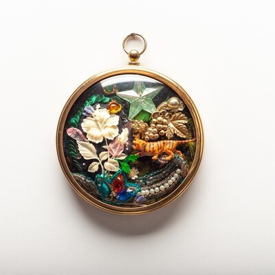 Wall Pendant - Midnight Tiger Blooms