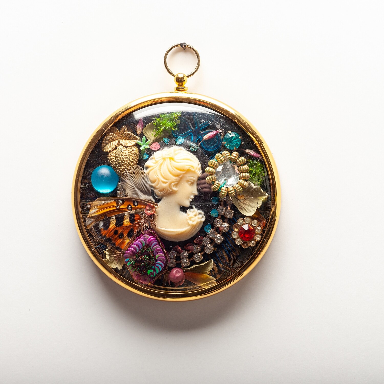 Wall Pendant - Fly On Wings of Speed