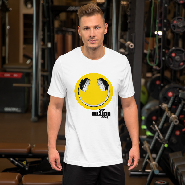 Smiley Face Blk Letter Short-Sleeve Unisex T-Shirt