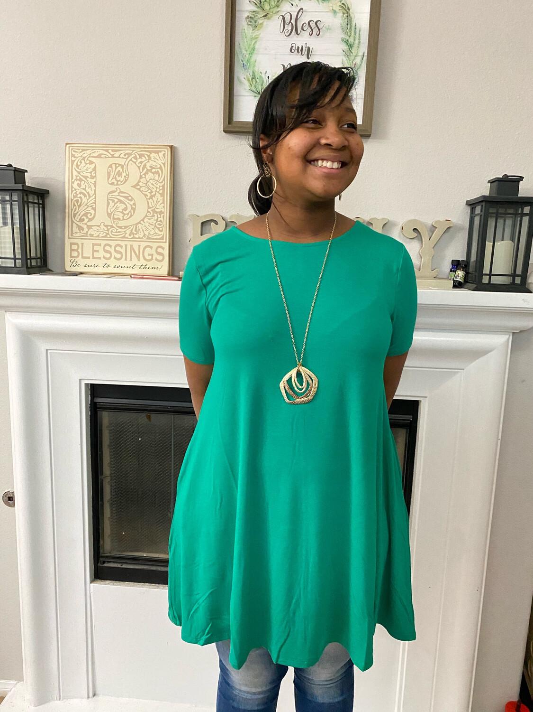 Kelly Green Short Sleeved Tunic W/ Pockets