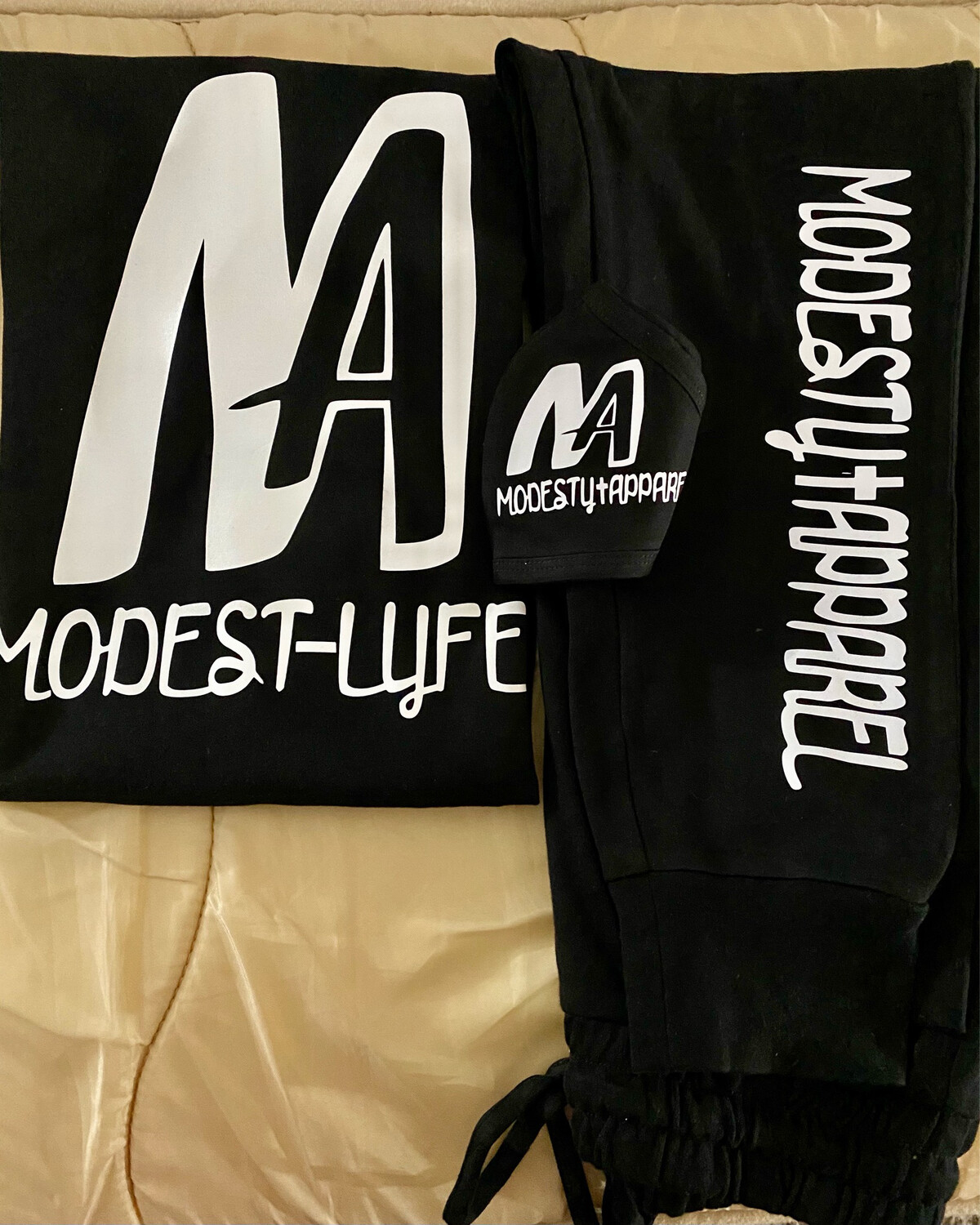 Modesty Apparel 3 Piece Jogger Set
