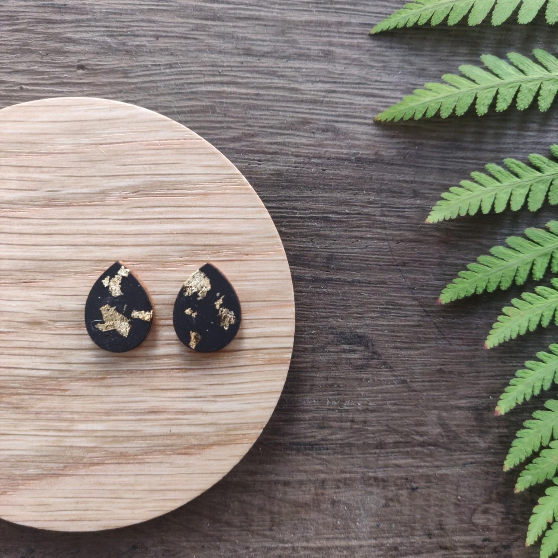 BLACK & GOLD: oorstekers drops
