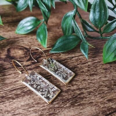 BLOSSOMS: oorbellen goud rechthoek