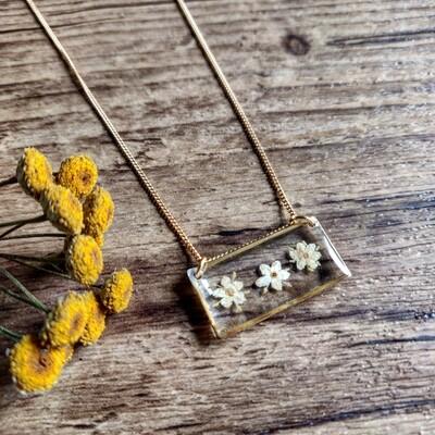 ELDERFLOWER: ketting goud rechthoek