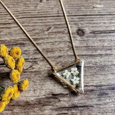 ELDERFLOWER: ketting goud driehoek