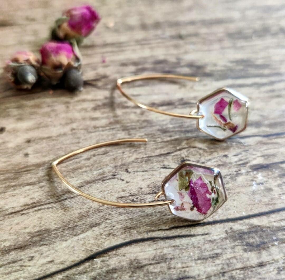 Pressed roses: oorbellen goud hex lang klein