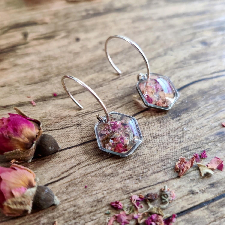 Pressed roses: oorbellen zilver hex kort klein