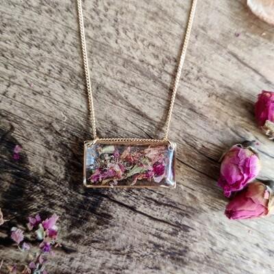 Pressed roses: ketting goud rechthoek