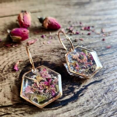 Pressed roses: oorbellen goud hex groot kort