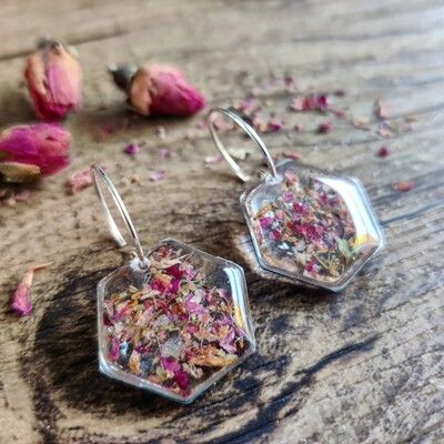 Pressed roses: oorbellen zilver hex groot kort