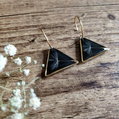 DANDELION: oorbellen goud driehoek