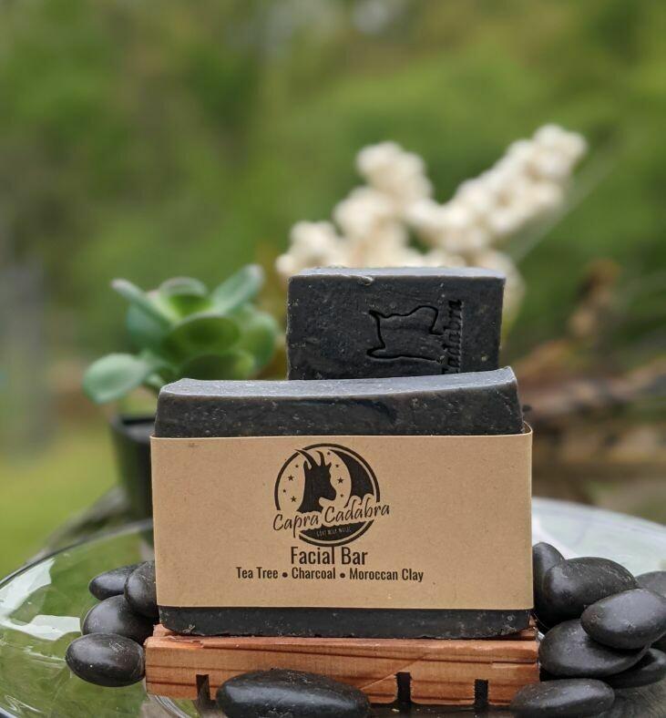 Goat Yogurt Soap: Tea Tree & Charcoal Facial Bar
