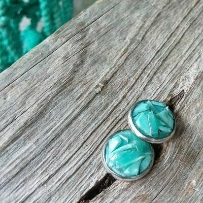 PLASTISEA STUD EARRINGS - MINTAGE