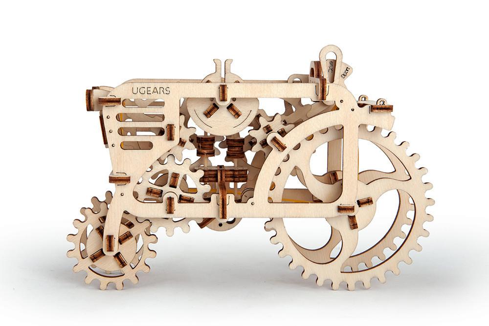 """ხის მექანიკური მოდელი """"ტრაქტორი"""""""