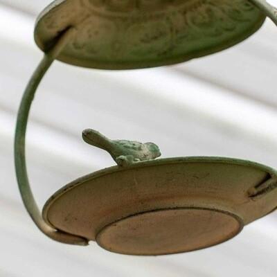 Hanging Metal Birdfeeder