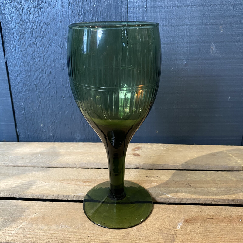 Emerald Green Wine Glass