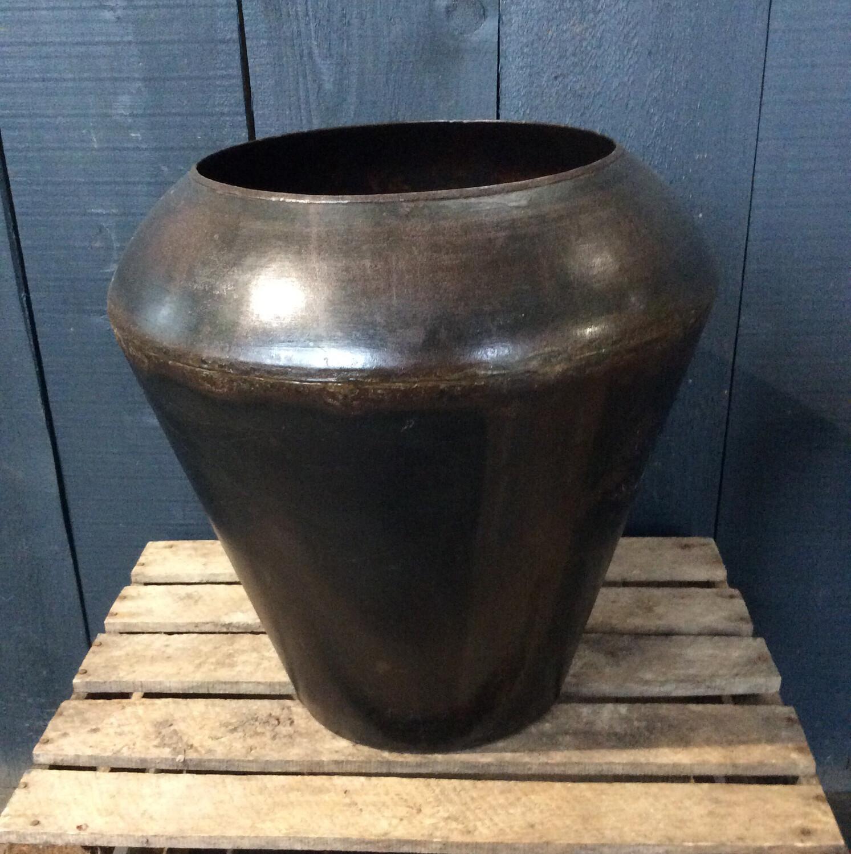 Large Dhurri Pot