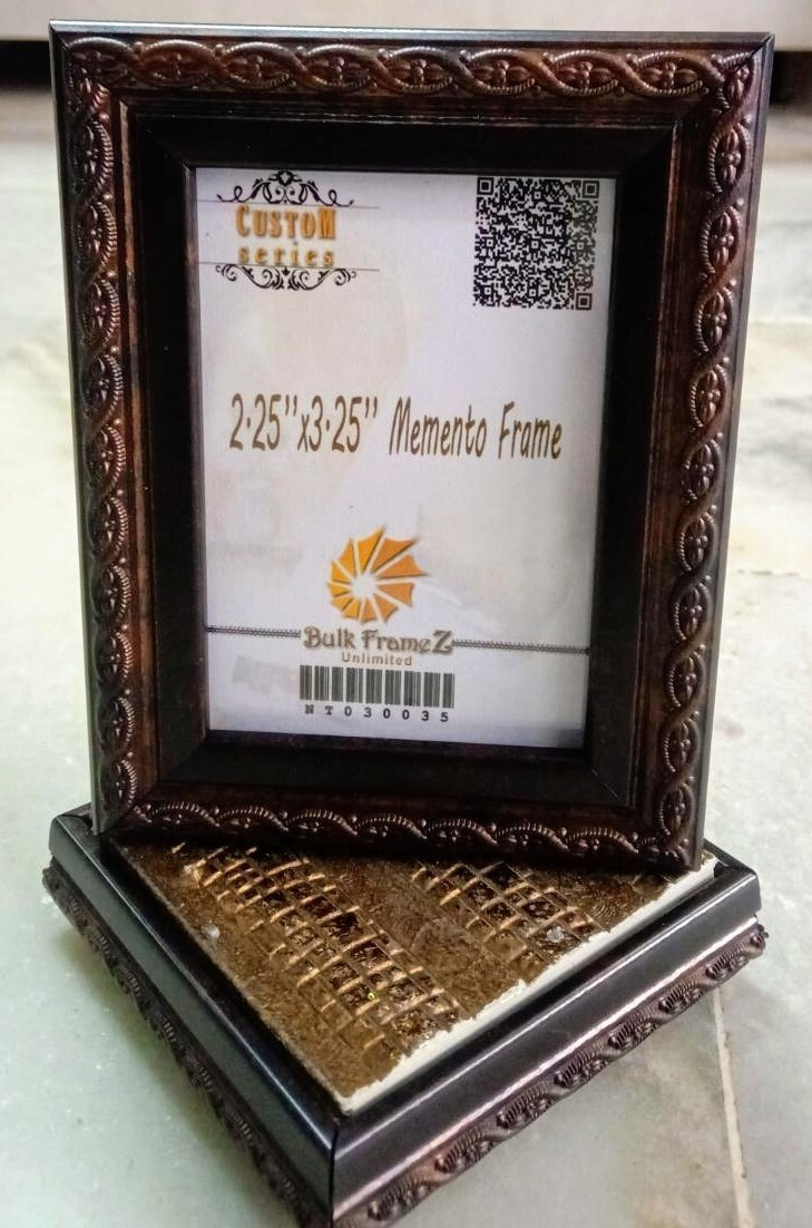Personalized Tabletop Momento Photoframes 2.25