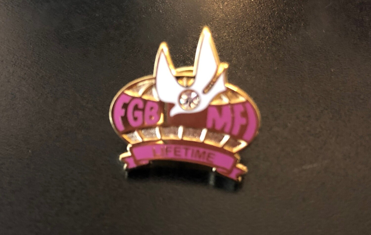 Ladies Lifetime Member Lapel Pin (Available in USA ONLY)