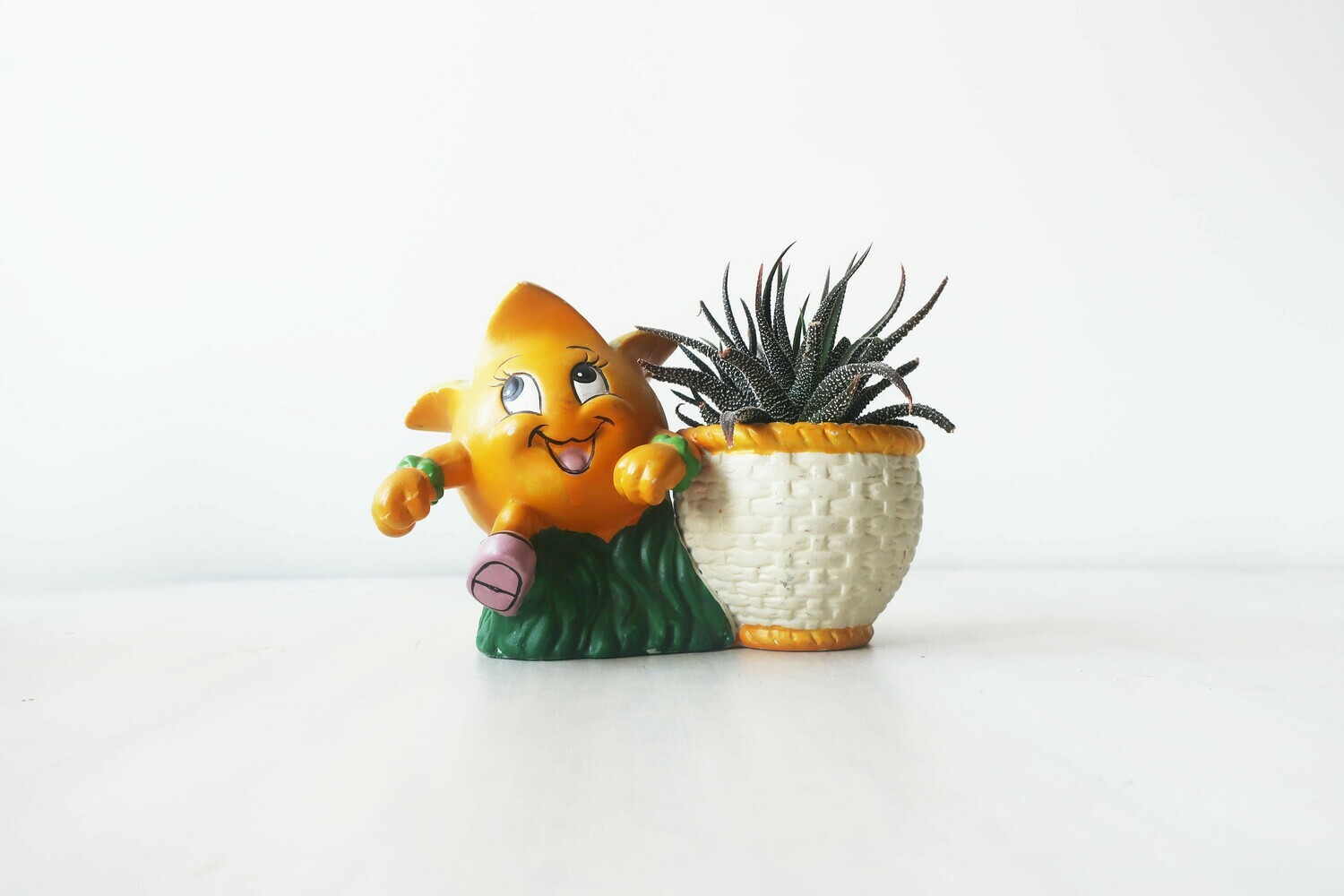 Vintage novelty sweetcorn planter