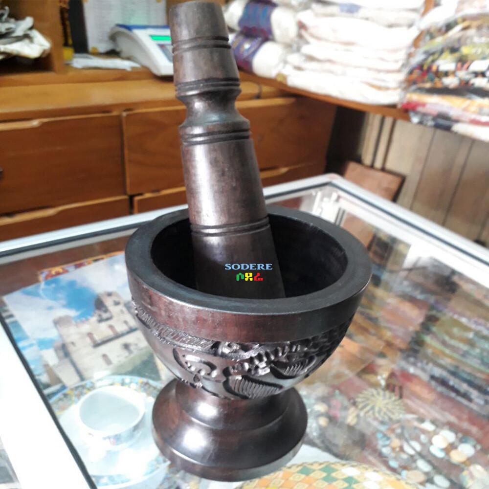 ሙቀጫ Hand grinder