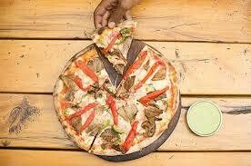 Effoi meat pizza