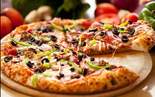 Pizza Calzone (Folded)