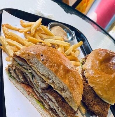 Chicken Special  (Yitem Burger)