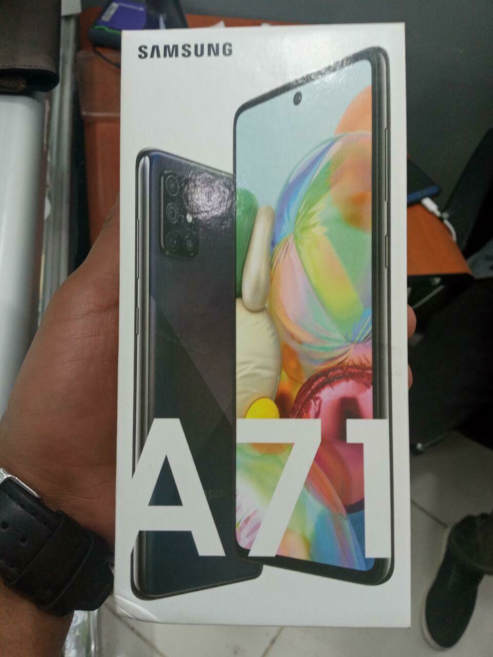 Samsung A71 2020 product
