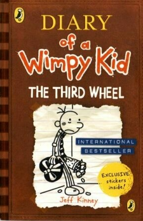 Diary of a Wimpy Kid : The Third Wheel [by] በ Jeff Kinney