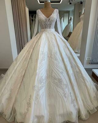 Wedding-Dress Crystal Dubai Long-Sleeve Amanda-Design Luxury Flowers Lace Applique Royal