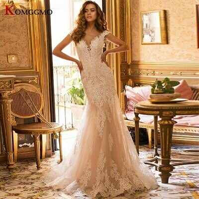 Ball-Gown Wedding-Dresses Chapel Train Lace Half-Sleeves V-Neck Lowime with Veils Customized