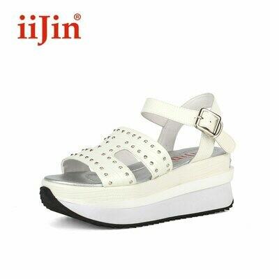 IIJIN Official summer outdoor wear rivet thick bottom femme ladies girl platform flip flops sandals women's shoes النساء الصنادل
