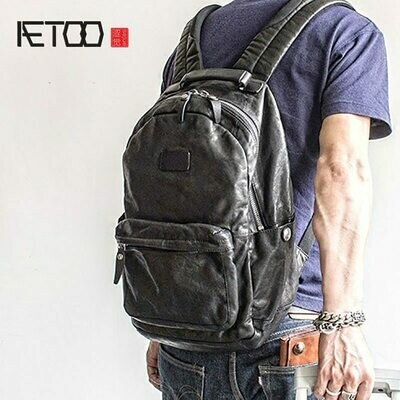 AETOO Fashion Street trend leather shoulder Baotou layer cowhide male backpack