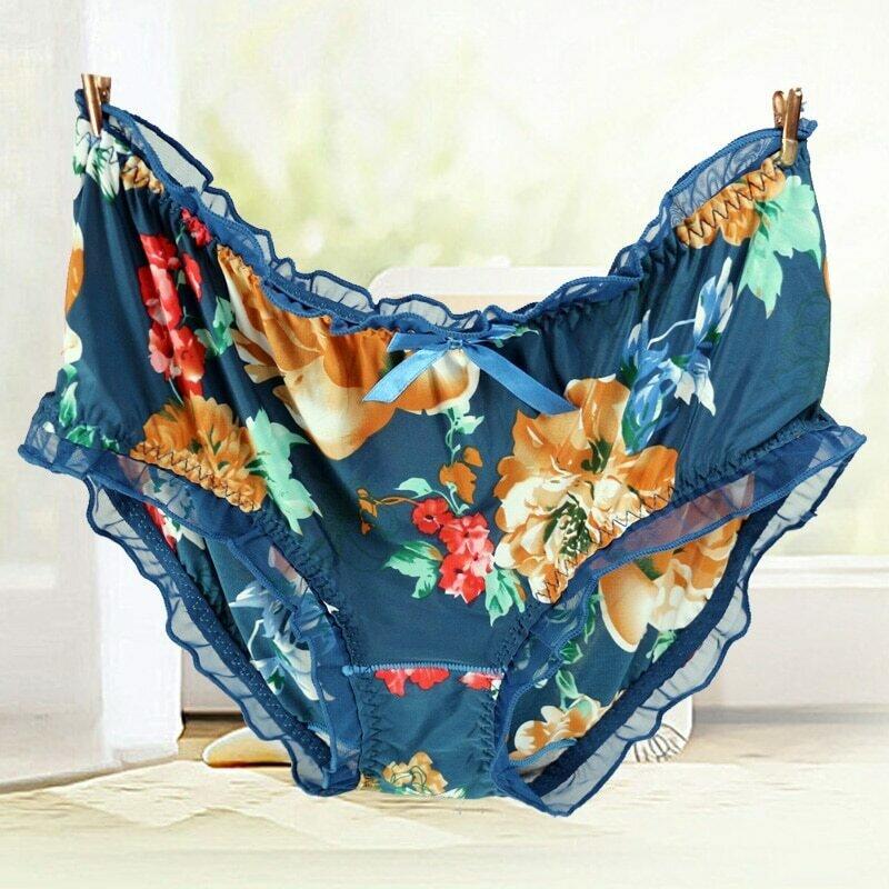 Women's Panties Large Sizes with Print Milk Silk Sexy Lace Flower Ruffle Bow Fashion Underwear Women Plus Size Cute Panties